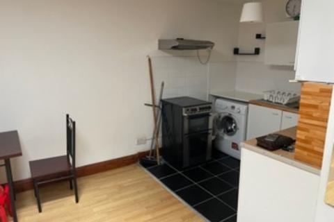 2 bedroom flat to rent - , Stratford