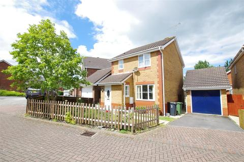 3 bedroom detached house for sale - Exmoor Close, Taw Hill, Swindon