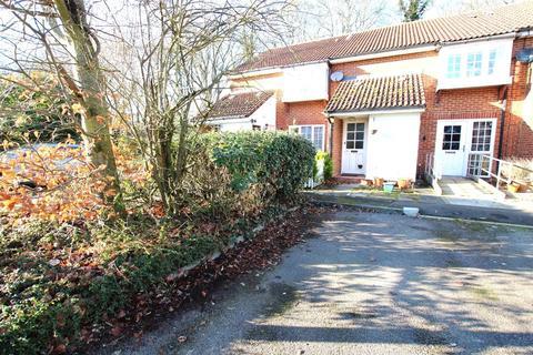2 bedroom flat to rent - Tennyson Avenue, Houghton Regis