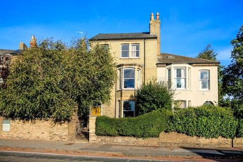 1 bedroom semi-detached house to rent - 113 Chesterton Road