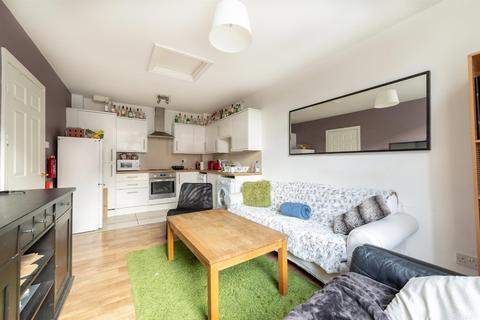 2 bedroom apartment to rent - £115pppw - The Gatehouse, St Andrews Street, City Centre, NE1