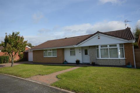 3 bedroom detached bungalow to rent - Rochford Court Edwalton Nottingham