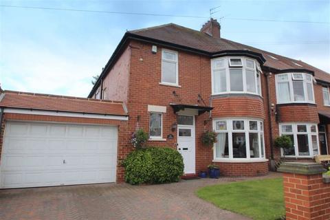 4 bedroom semi-detached house for sale - Kennersdene, Tynemouth, Tyne And Wear, NE30