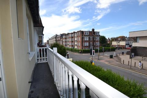 3 bedroom flat to rent - Holland Road, Hove, BN3 1JP
