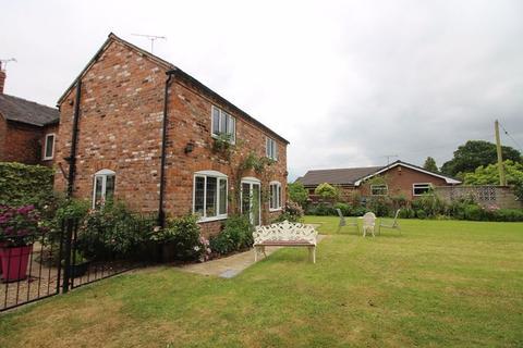 4 bedroom detached house to rent - Corner Farm, Hough