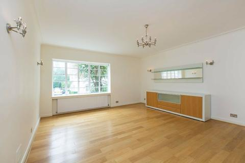 3 bedroom flat to rent - Stockleigh Hall, London, NW8