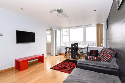 1 bedroom flat to rent - Lords View, London, NW8