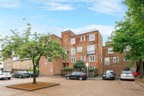 3 bedroom flat for sale - Lampern Square