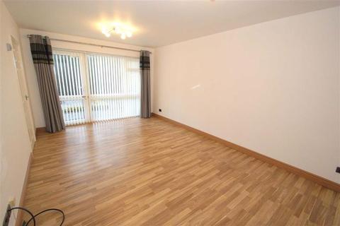 2 bedroom flat to rent - Slaid Hill Court, Alwoodley, LS17