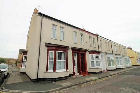 3 bedroom terraced house for sale - Russell Street, Stockton-On-Tees