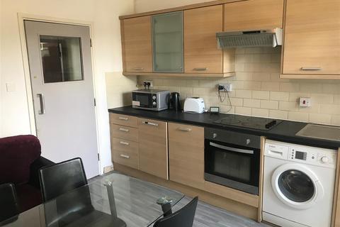 6 bedroom flat to rent - 546 Bristol Road, Selly Oak, Birmingham