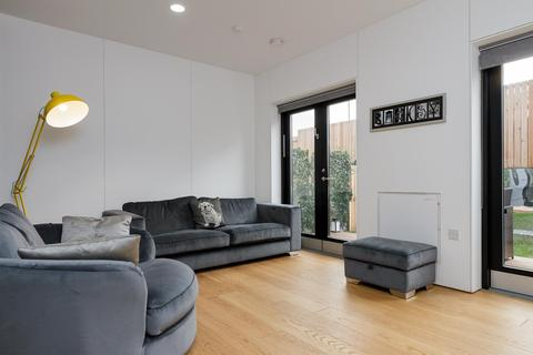 3 bedroom house to rent - hoUSe, New Islington, Manchester