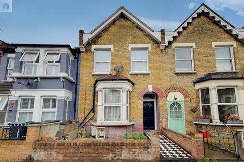 2 bedroom flat for sale - Harringay Road, London