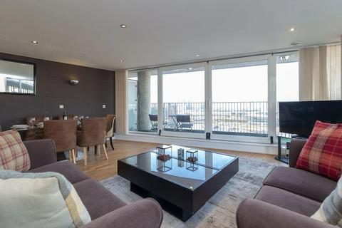 3 bedroom apartment for sale - Coral Apartments,  Western Gateway, London