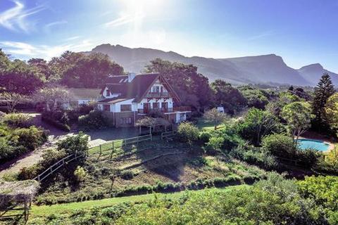 4 bedroom house - Cape Town, Constantia