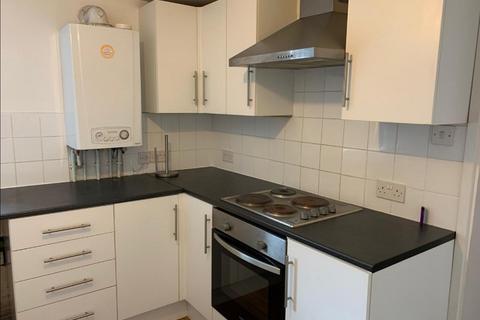 2 bedroom flat to rent - New Road, Skewen, Neath, Neath Port Talbot.