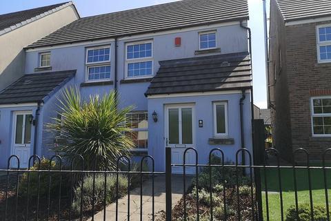 2 bedroom semi-detached house to rent - Llwyn Helyg, Neath, Neath Port Talbot.
