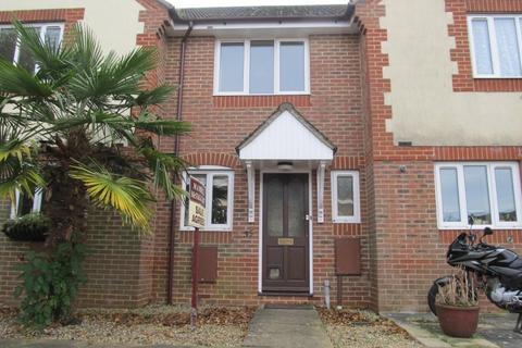 2 bedroom terraced house to rent - Wheatsheaf Close Burgess Hill RH15 8UT