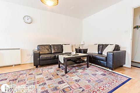 2 bedroom flat to rent - Norwood Close, Cricklewood