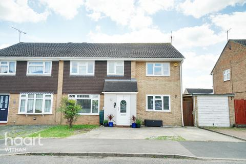 4 bedroom semi-detached house for sale - Lifchild Close, Witham