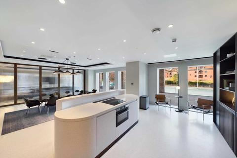 3 bedroom apartment for sale - Crown Street, Manchester, M15