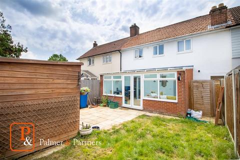 3 bedroom terraced house for sale - Clairmont Road, Lexden, Colchester, CO3