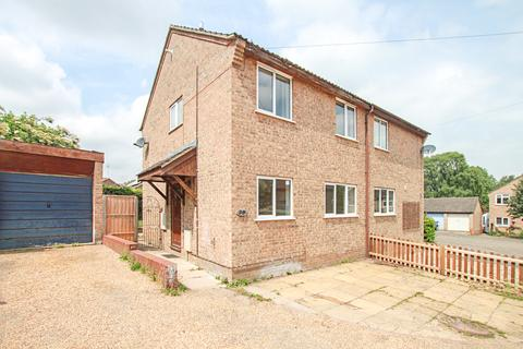 3 bedroom semi-detached house to rent - Barry Lynham Drive, Newmarket, CB8