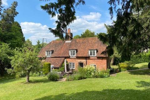 3 bedroom detached house for sale - Avington, Hampshire, SO21