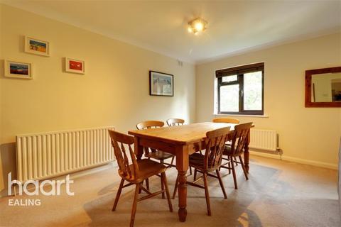 2 bedroom flat to rent - Castlebar Park, Ealing, W5