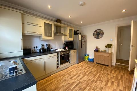 4 bedroom terraced house to rent - Tancred Road, Liverpool, L4