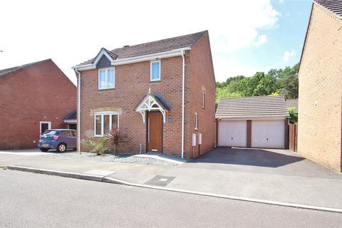 3 bedroom detached house for sale - Kiln Way, Verwood, Dorset, BH31