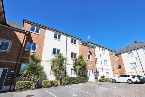 2 bedroom flat for sale - Llyn House, Golden Mile View, Newport