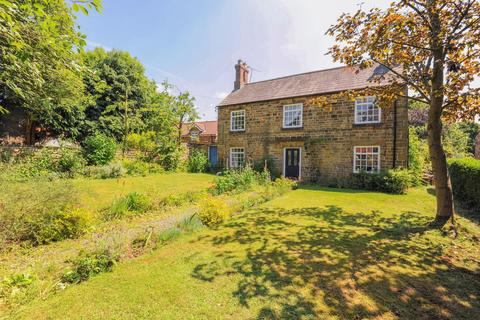 5 bedroom detached house for sale - Main Street, Heath, Chesterfield