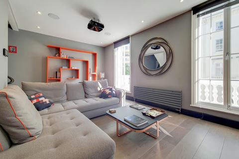 3 bedroom terraced house to rent - Cumberland Street, Pimlico SW1V