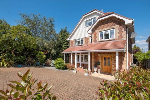5 bedroom detached house for sale - Firestone Copse Road, Wootton Bridge