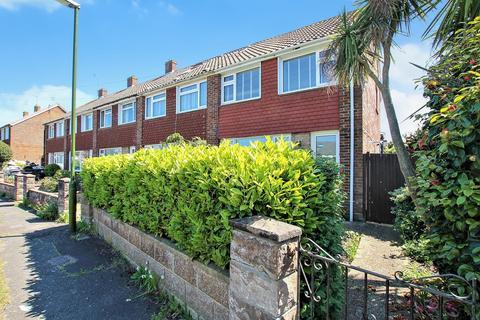 3 bedroom end of terrace house for sale - Osborne Close, Sompting, BN15 9UZ