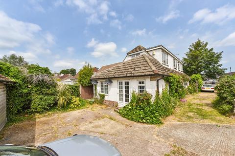 4 bedroom detached bungalow for sale - Waterlooville, Hampshire