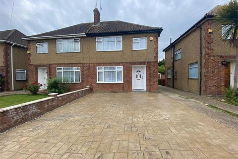 3 bedroom semi-detached house to rent - Hillary Road, Langley, Berkshire