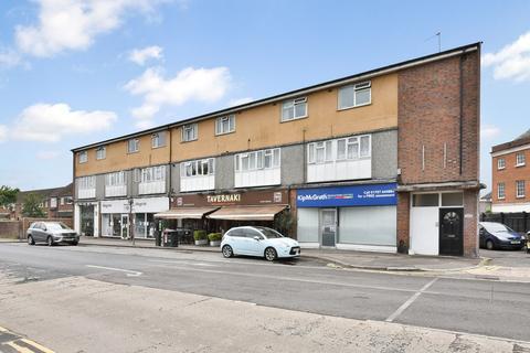 2 bedroom flat for sale - Southgate Road, Potters Bar, EN6