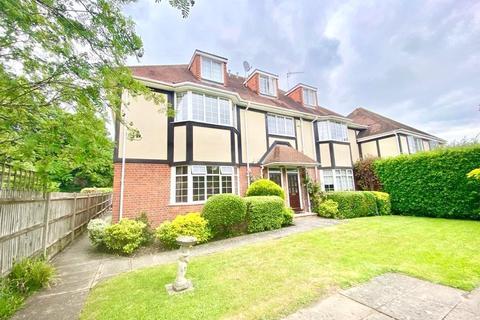 2 bedroom maisonette to rent - Charlecombe House, 23 Rectory Road, Wokingham, Berkshire, RG40