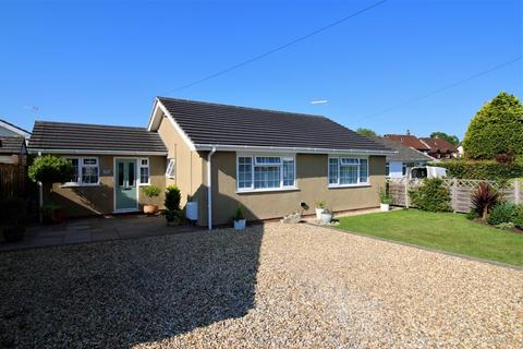 2 bedroom detached bungalow for sale - Immaculate, extended bungalow within a short walk of central Wrington