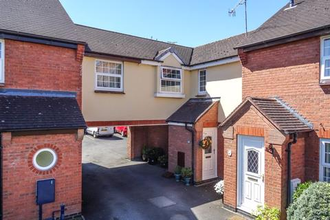 3 bedroom terraced house for sale - Perle Brook, Eccleshall, Stafford
