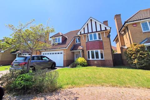 4 bedroom detached house for sale - Wellington Drive, Lee-On-The-Solent