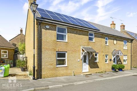 3 bedroom semi-detached house for sale - Garland Crescent, Dorchester, DT1