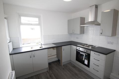 2 bedroom flat to rent - Poplar Grove, Litherland