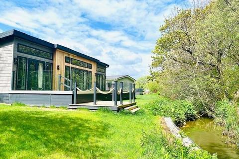2 bedroom detached bungalow for sale - Shorefield Country Park - Shorefield Road, Downton, Lymington