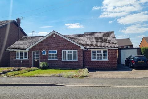 3 bedroom detached bungalow for sale - Belper Road, Stanley Common, Ilkeston