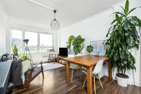 2 bedroom apartment to rent - Whitlock Drive, London