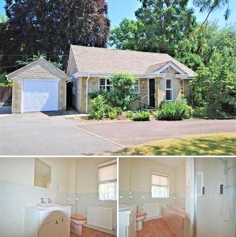 2 bedroom detached bungalow for sale - Idsall Drive, Prestbury, Cheltenham