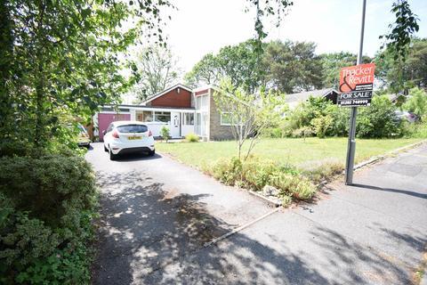 3 bedroom detached bungalow for sale - Turnworth Close, Broadstone